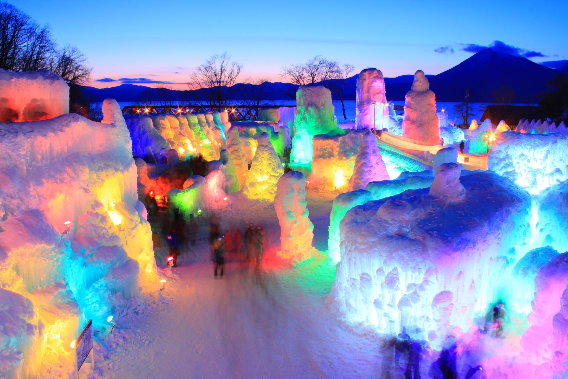 千歳支笏湖氷濤まつり